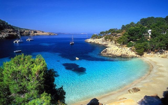 playa saladeta Ibiza cala salada
