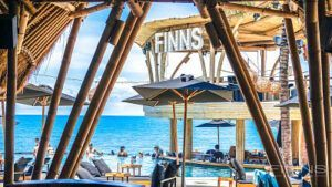 Finns Beach Club Sandbeds 4_opt