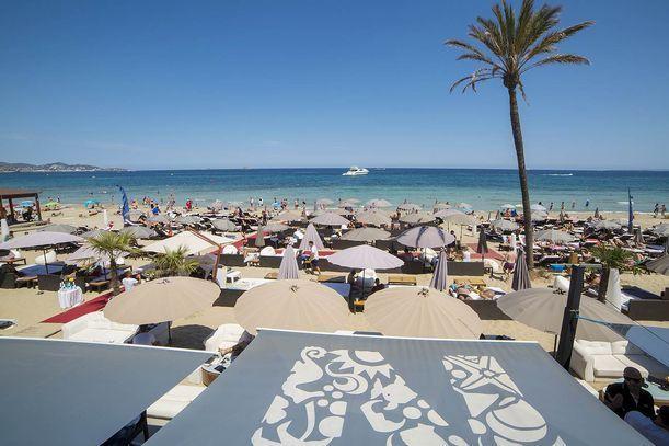 Nassau Beach Club Sandbeds Ibiza