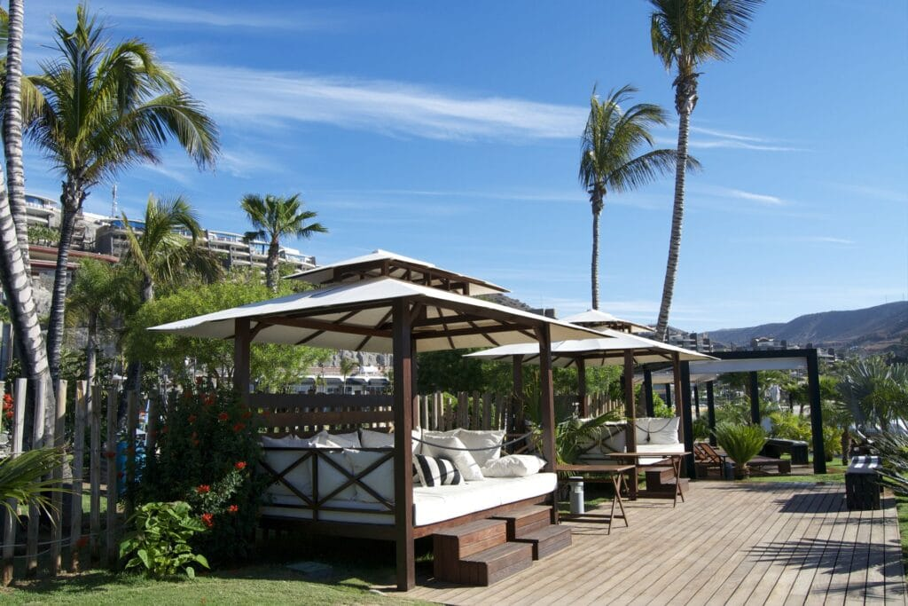 Maroa-beach-club