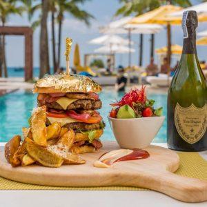 Dream Beach Club Sandbeds Food