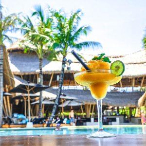 Finns Beach Club Sandbeds Drink